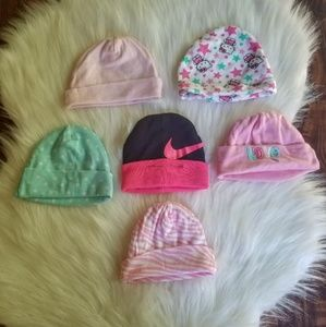 Newborn clothes /baby/ hats /bundle /nike /Gerber